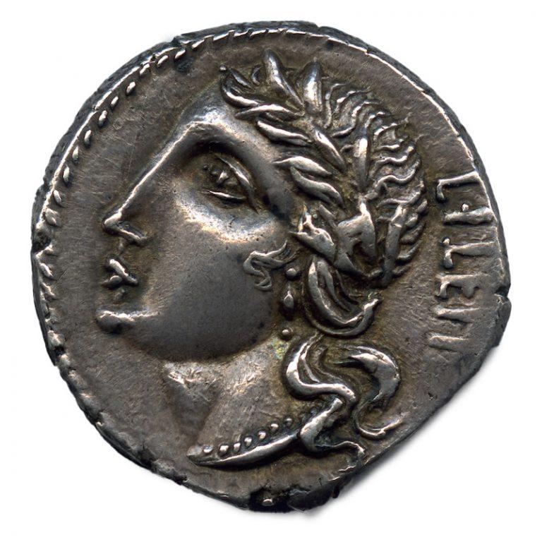Guerra sociale. Denario in argento degli insorti italici con raffigurazione dell'Italia (dritto), 91-87 a.C. ca.