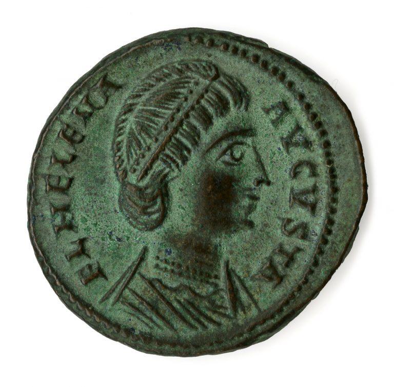 Roma. Follis in bronzo di Costantino con ritratto della madre Elena (dritto), 327-328 d.C. circa